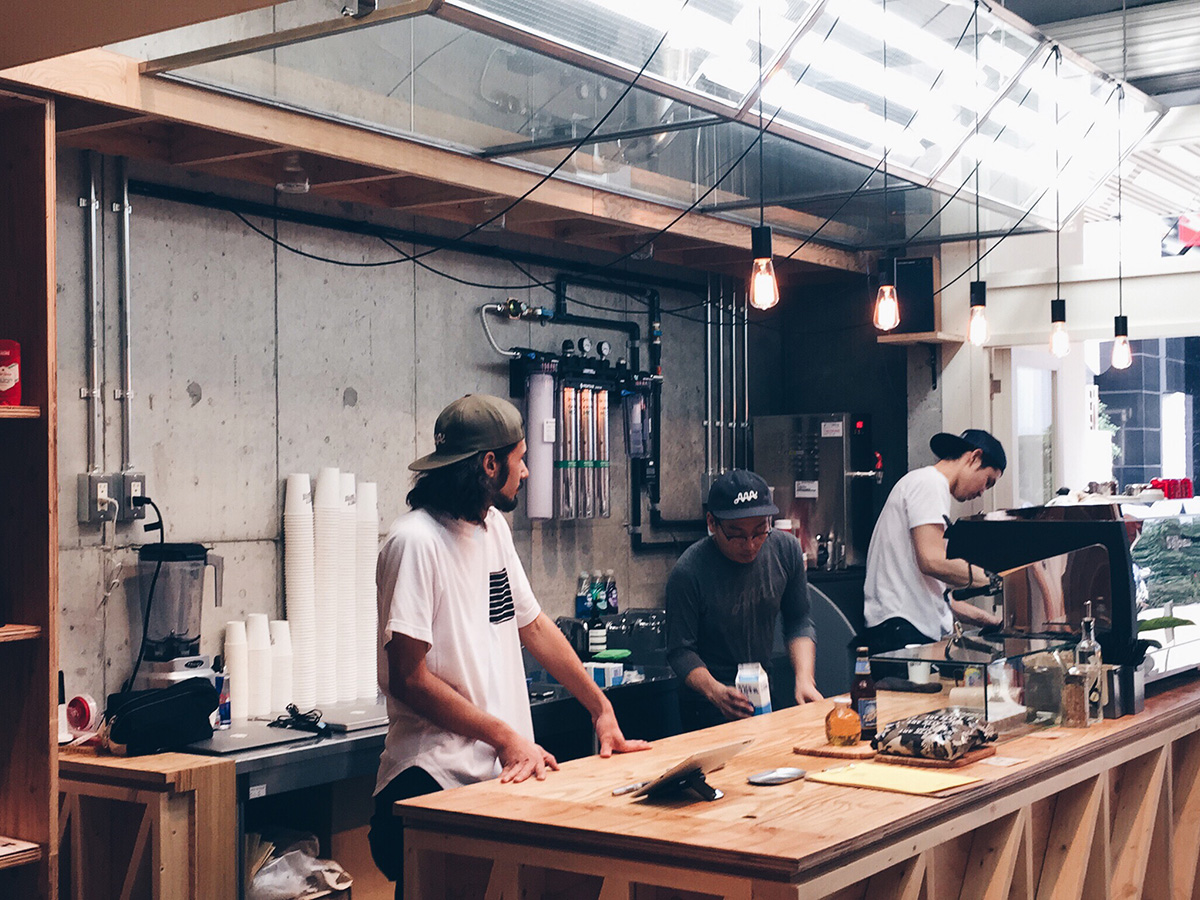 大阪・アメ村の美味しいコーヒーが飲めるカフェ・コーヒースタンド SPORTY COFFEE
