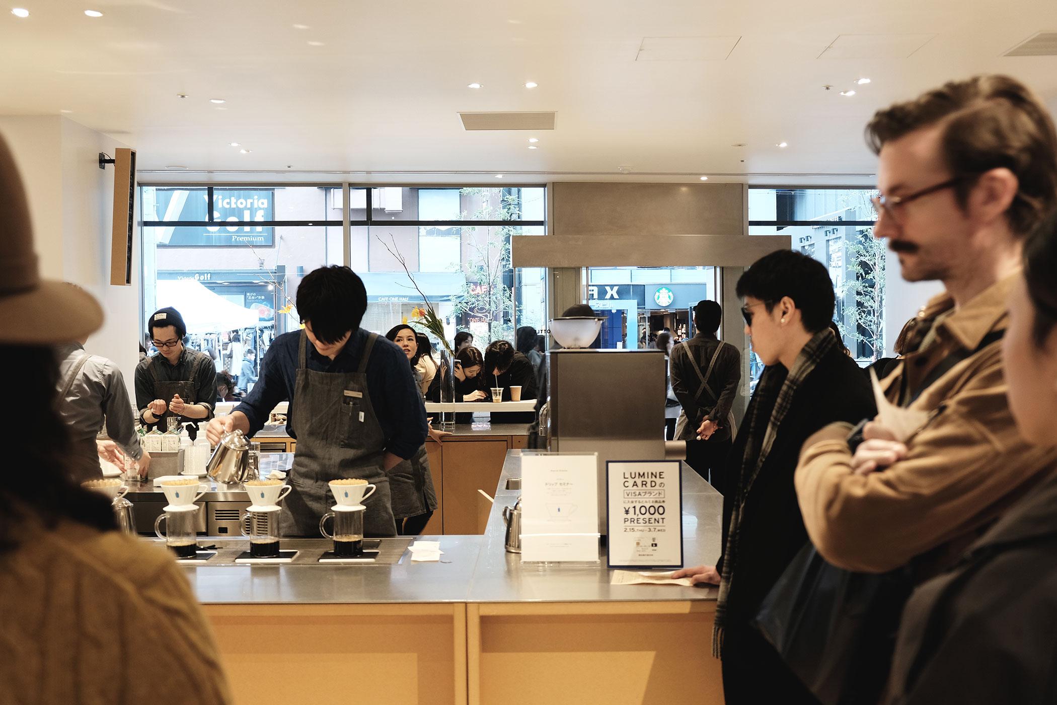 2018年3月にポストしたカフェ・コーヒースタンド一覧 ブルーボトルコーヒー 新宿カフェ