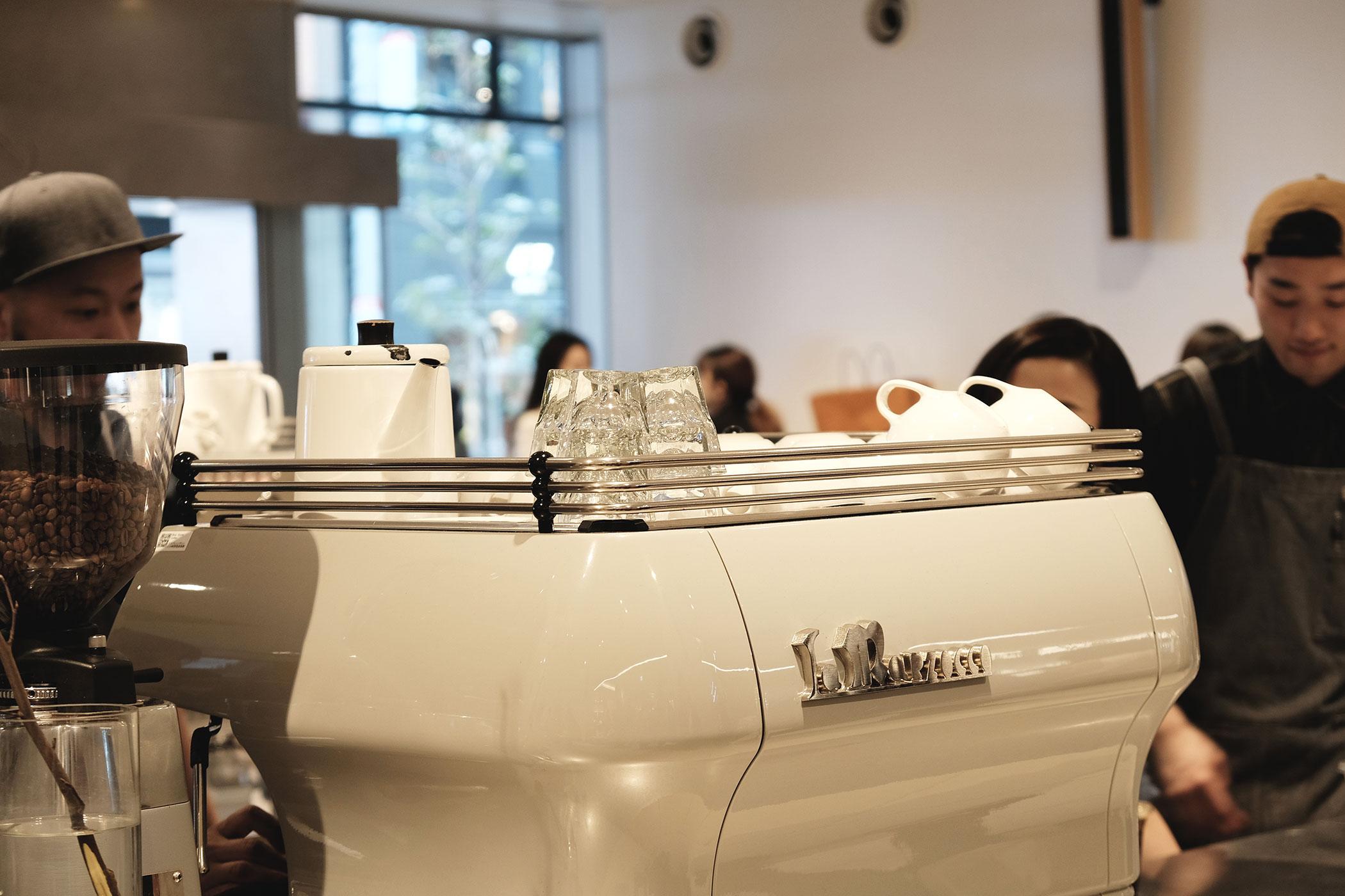 ブルーボトルコーヒー 新宿カフェ NEWoMAN内の国内3号店となるブルーボトルコーヒー