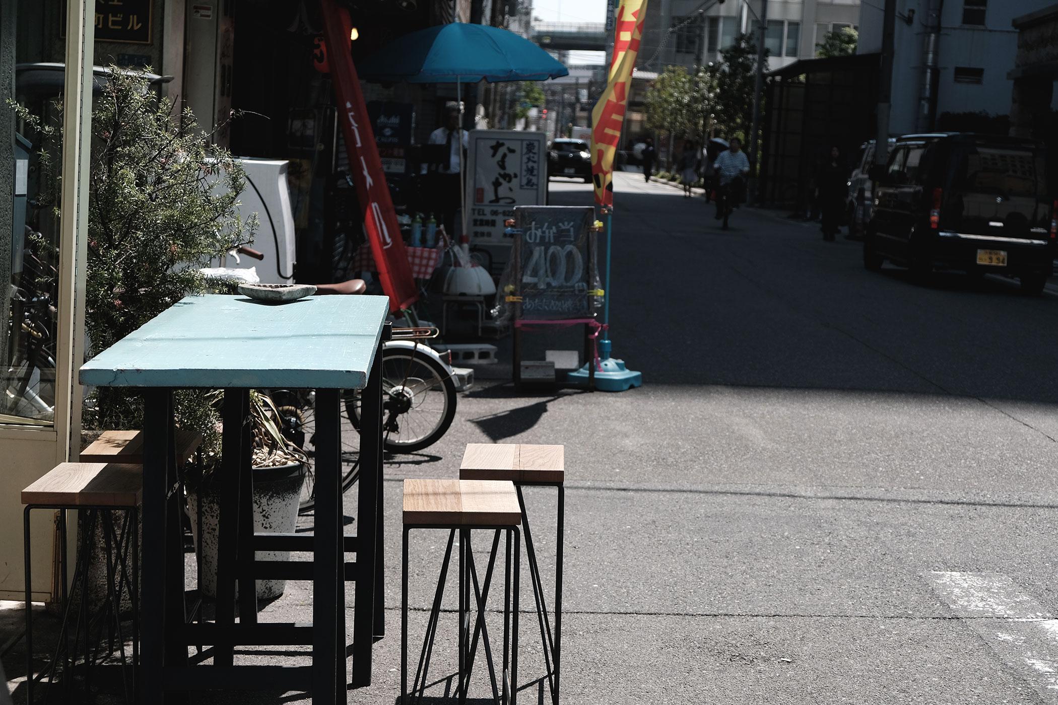 Filter Time 北浜で異彩を放つイケてるコーヒースタンド テーブル