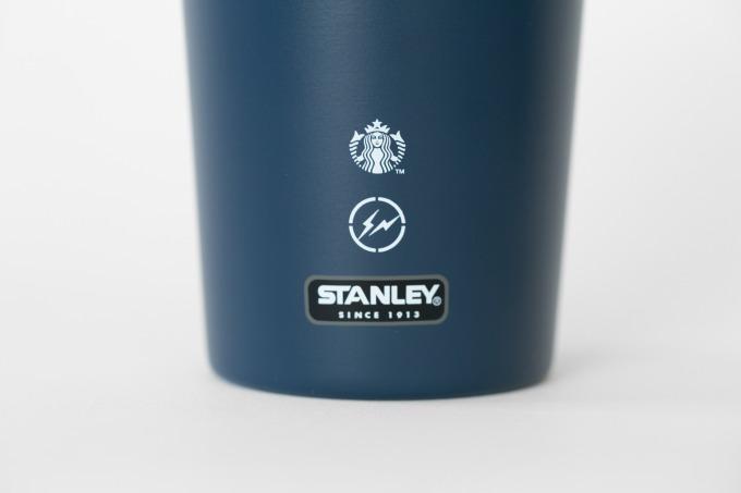 Starbucks × fragment design × STANLEYのトリプルコラボのステンレスボトル