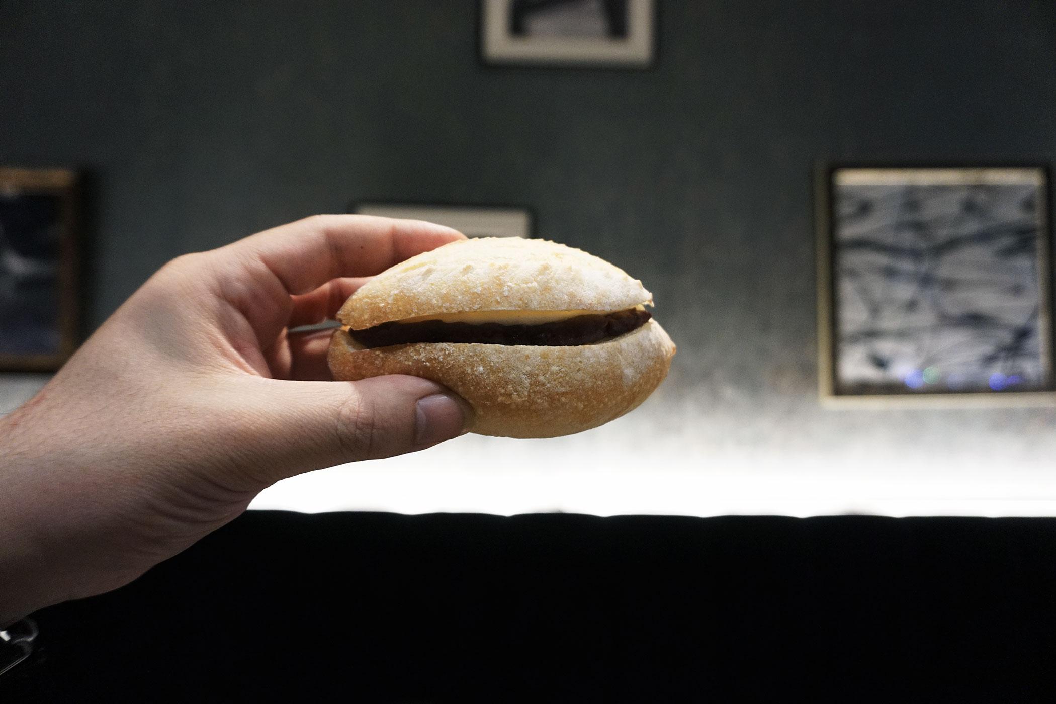 グッドペアリングのすすめ – パンとエスプレッソとのあんこクリームチーズ